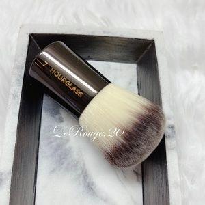 hourglass #7 kabuki powder brush